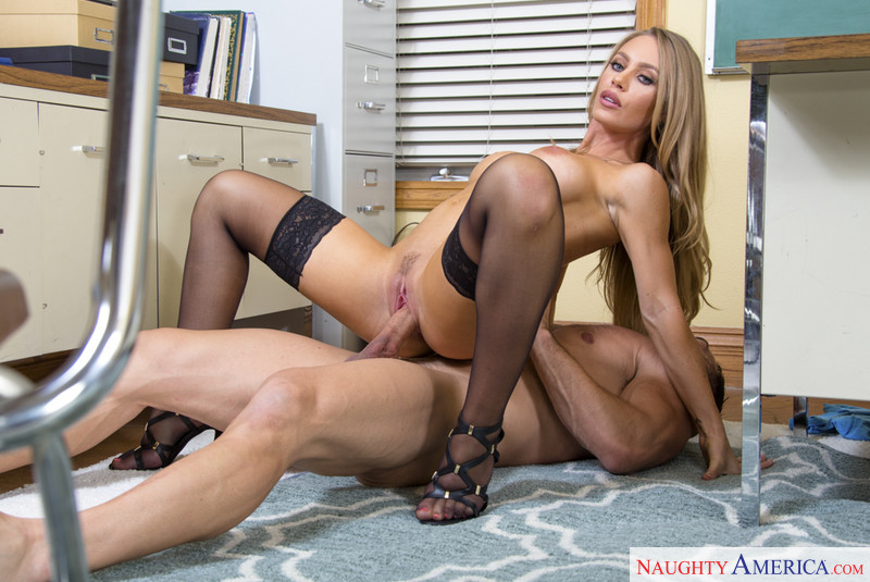 Porn With Nicole Aniston