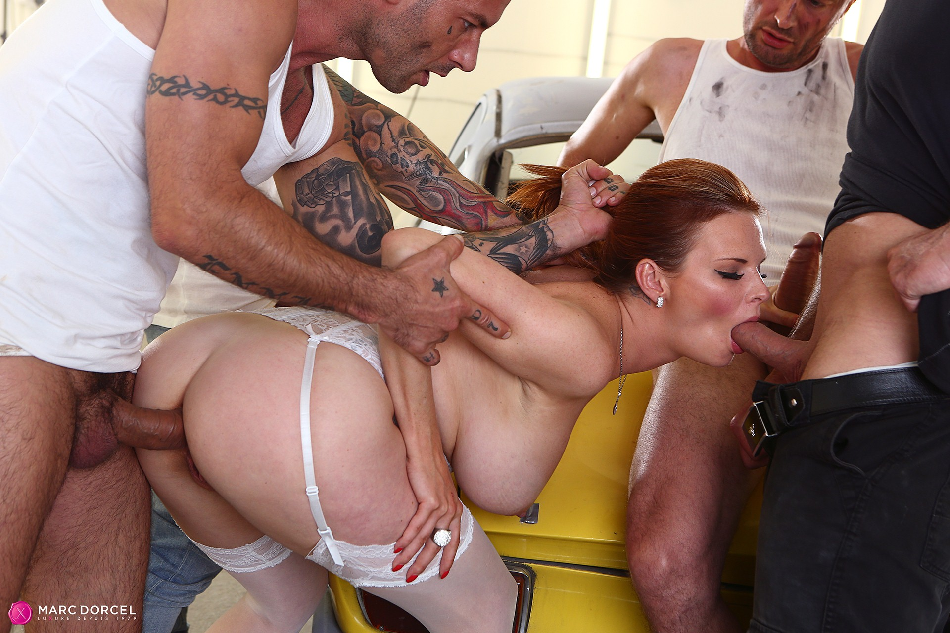 Tarra White Hard Gang Bang With 4 Big Cocks - 4K Free Porn-3767