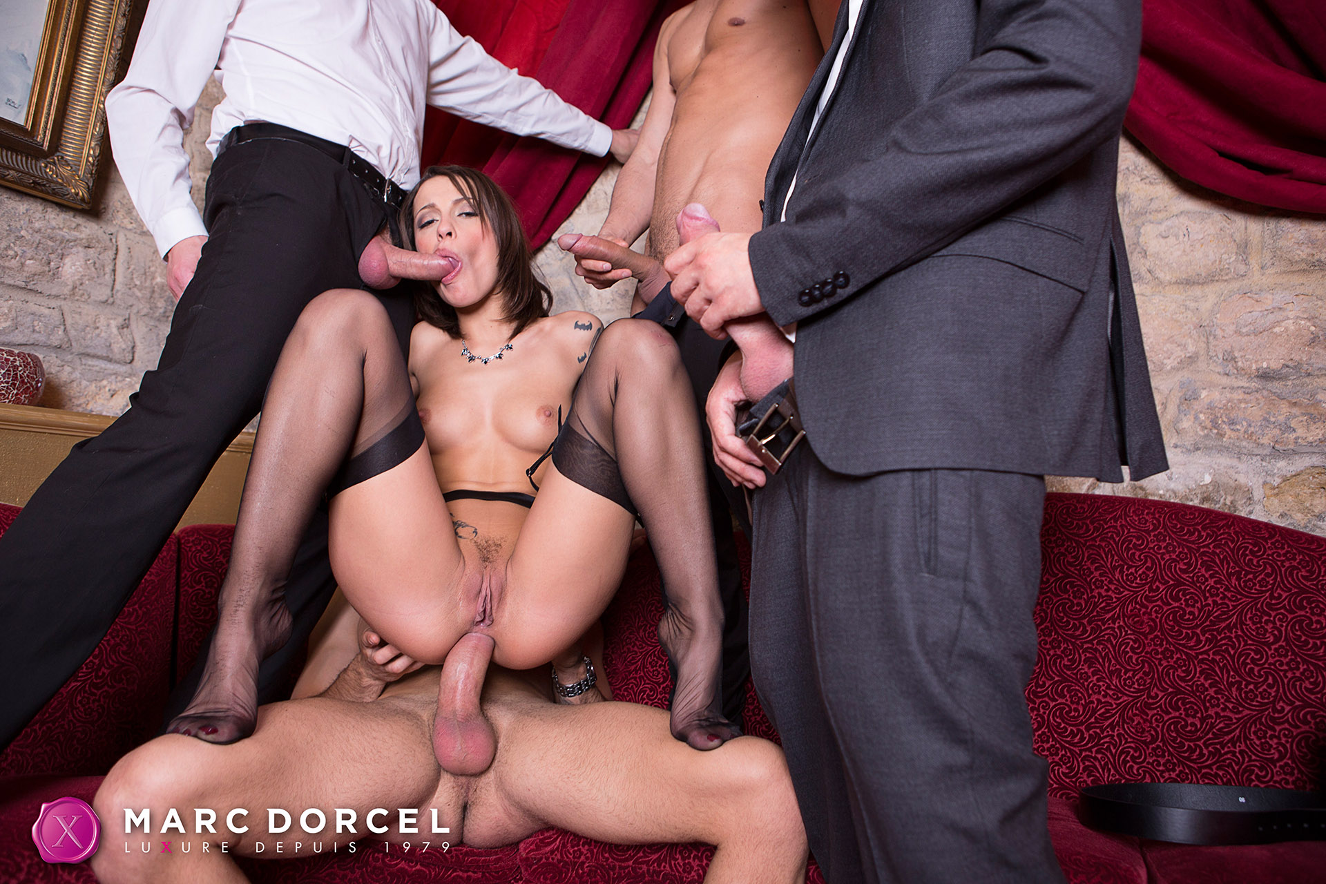 Nikita Bellucci In Hardcore Sex Party With 4 Men - 4K Free -1899