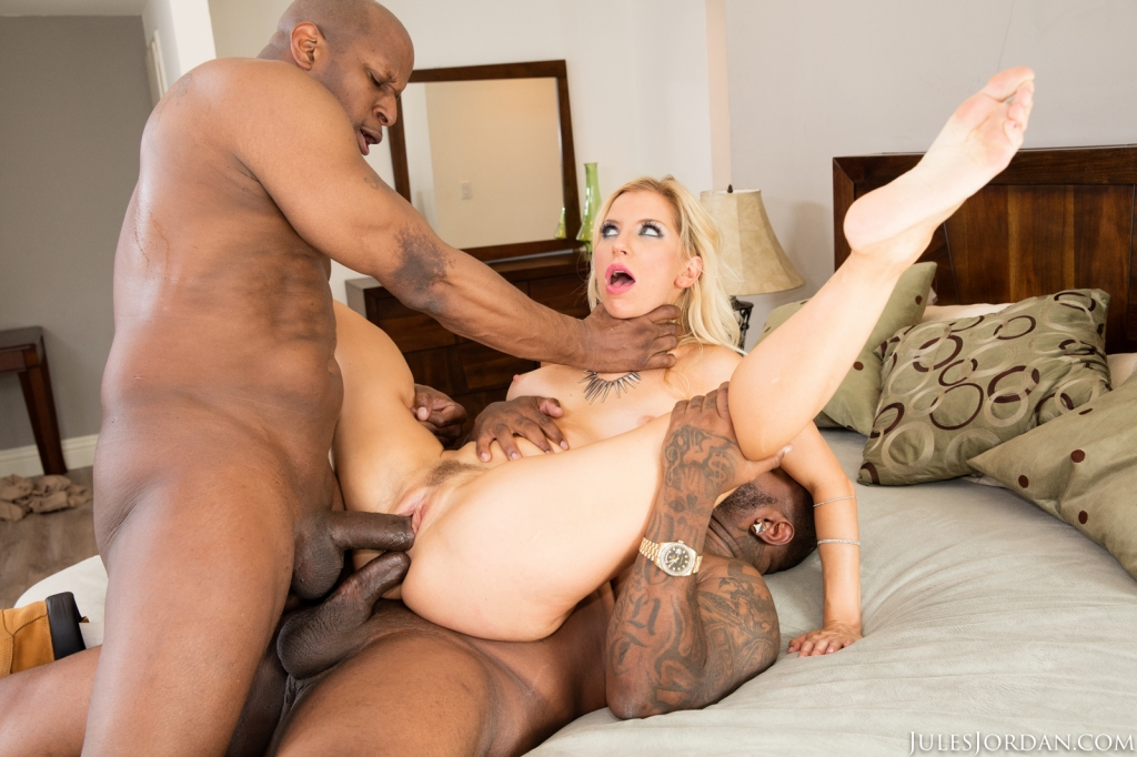 Ashley Fires Gets A Surprise Double Black Penetration04