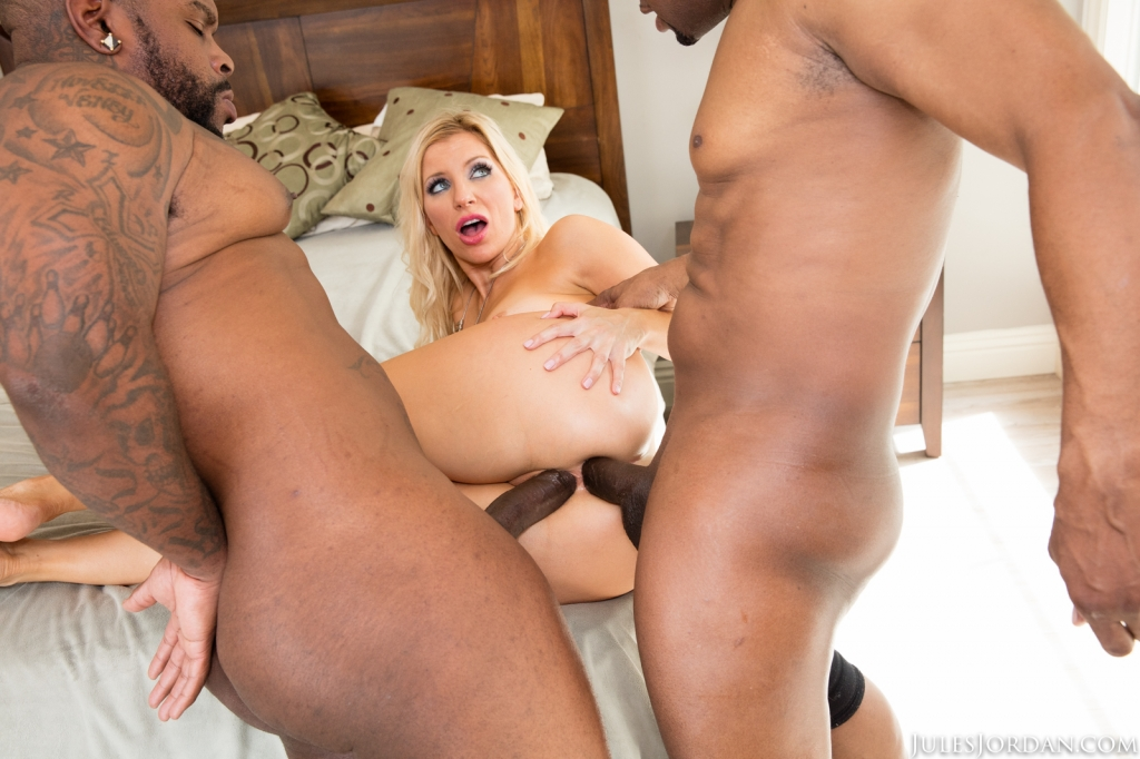 Ashley Fires Gets A Surprise Double Black Penetration05