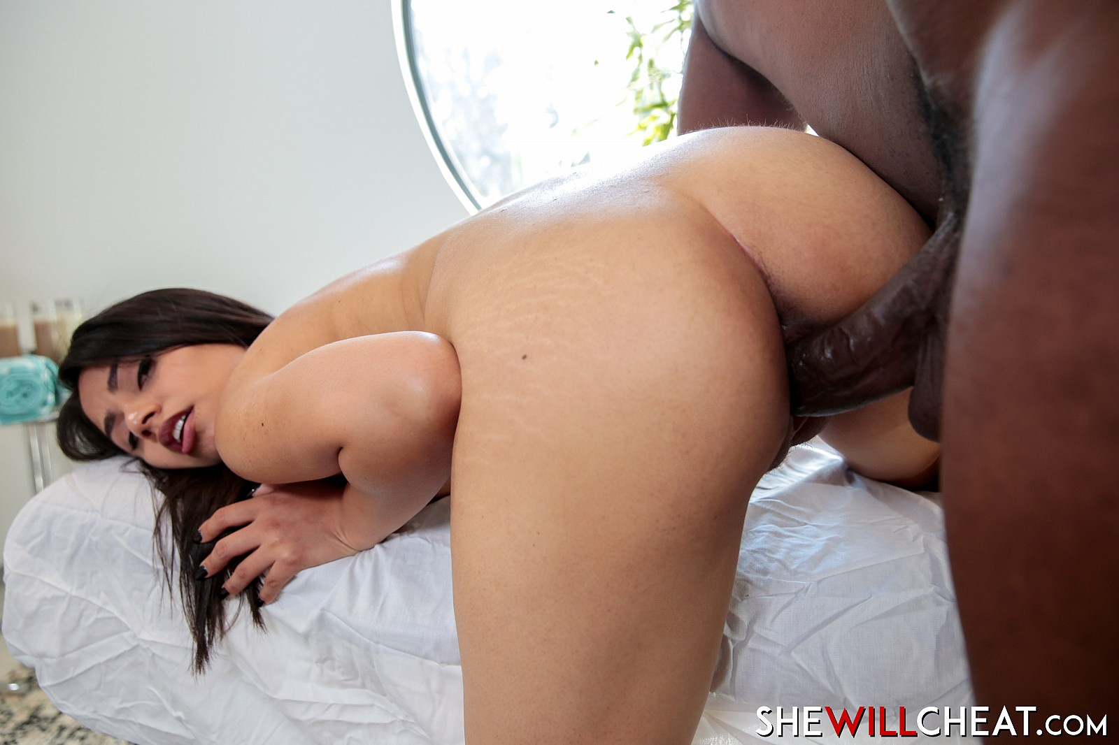 Rose Darling In Unfaithful Latina Wife Cheats With Masseur -5738