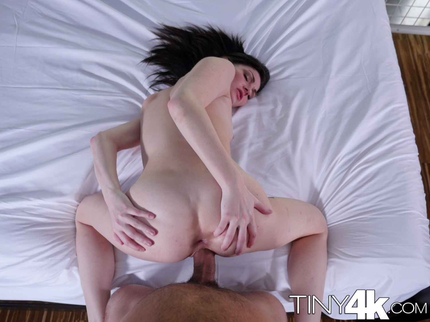 4k tiny4k tiny alice march stretches her pussy to take hug - 3 9