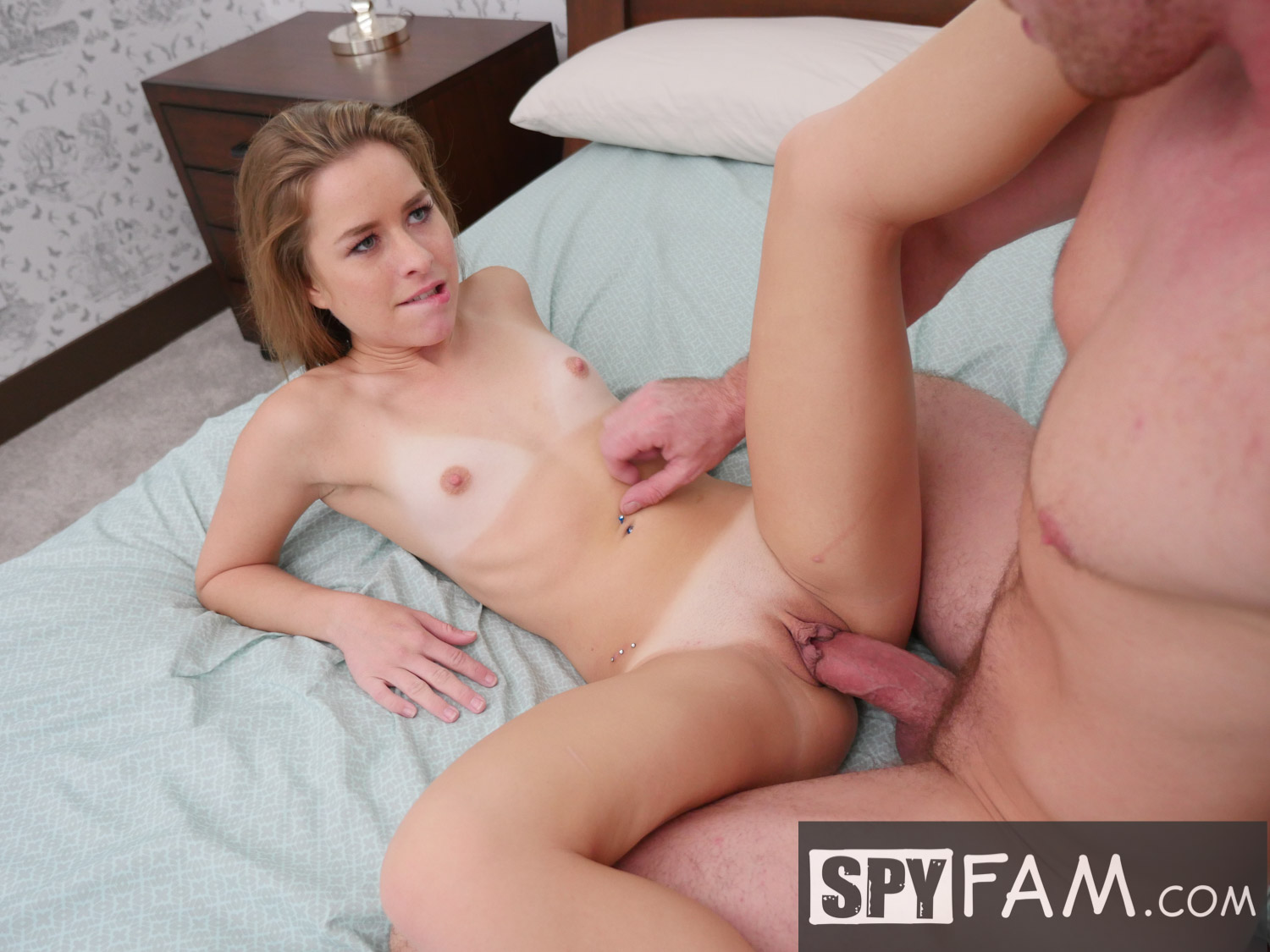 Spyfam step sister lilly ford fucks step brother Part 5