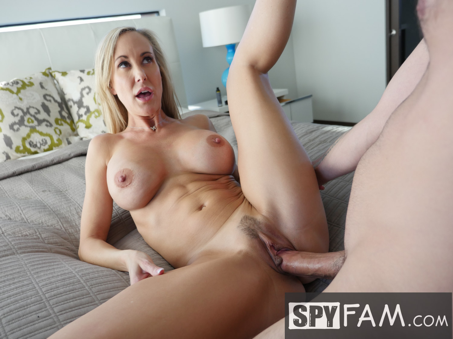 image Blonde can t ressist at big cock of masseru